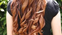 Saçlarınızı Dalgalı & Kıvırcık Yapmanın 6 Farklı Yolu